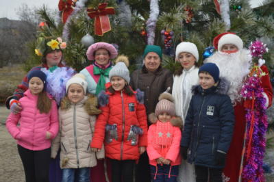 Дед Мороз и Снегурочка на детской елке 2019 в Эколого-биологическом центре