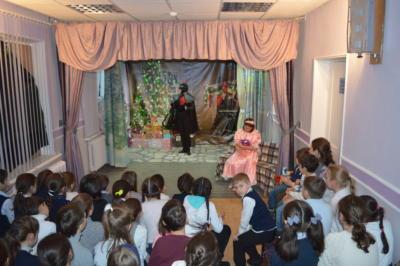 Новогдняя сказка 2019 в театре Эколого-биологического центра